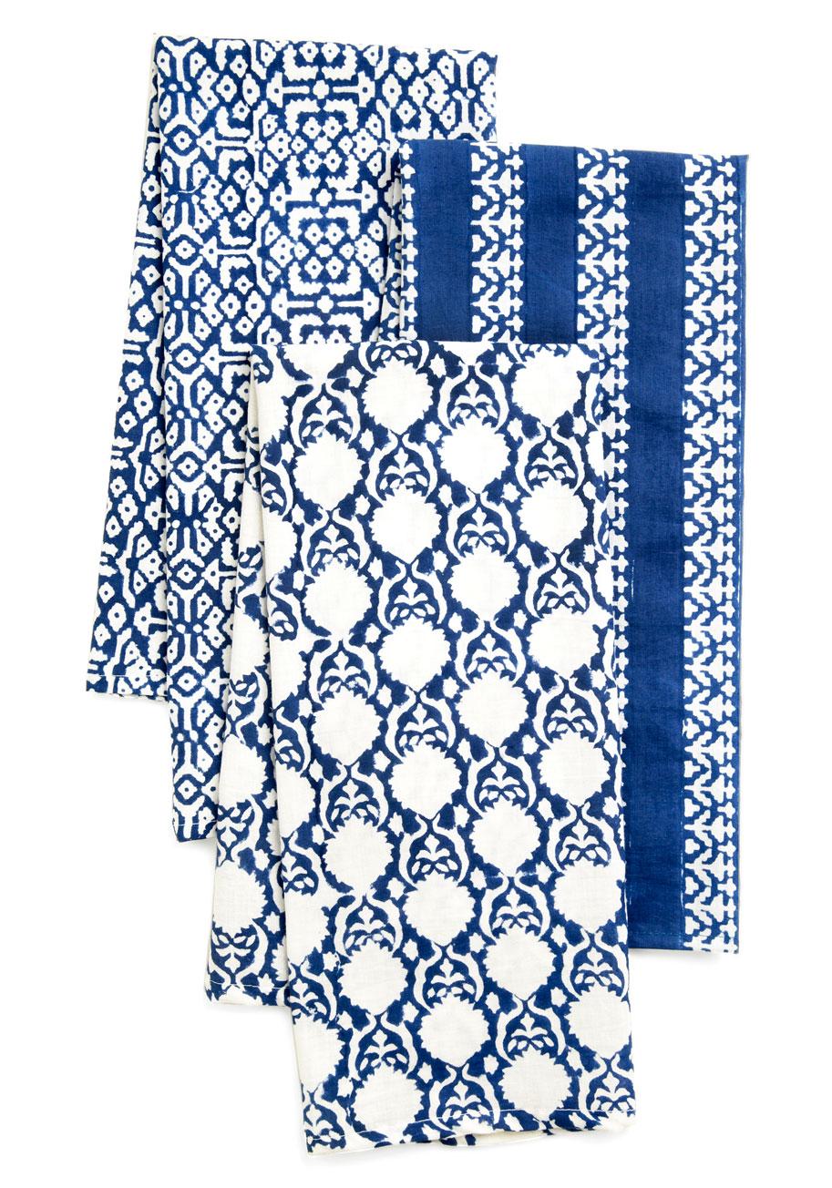 Using Bright Blue in Interior Design 7
