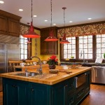 Trends: Colored Kitchen Cabinets 3