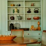 How to Organize Shelves 12